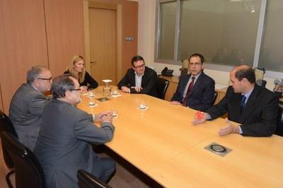 L'alcaldessa i el regidor han rebut els dirigents de la Cambra de Comerç i Indústria de Terrassa a l'Ajuntament (foto: Localpres).