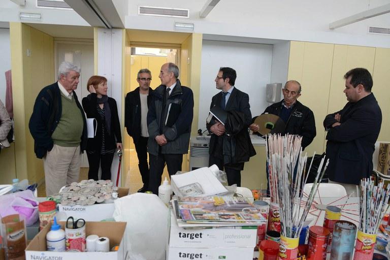Un dels espais que s'han visitat han estat les aules per a dur-hi a terme tallers (foto: Localpres)