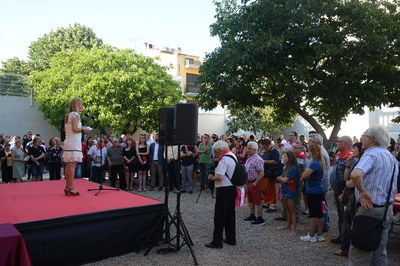 L'alcaldessa, adreçant-se a les entitats (foto: Localpres).