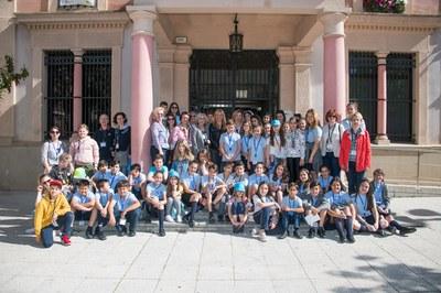 Els i les alumnes han estat rebuts per l'alcaldessa a l'Ajuntament (foto: Ajuntament - Localpres).