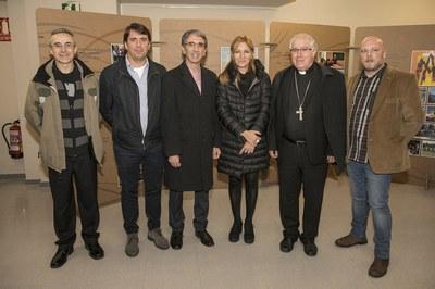 L'alcaldessa, amb representants de Maristes i el bisbe de Terrassa (foto: Localpres).