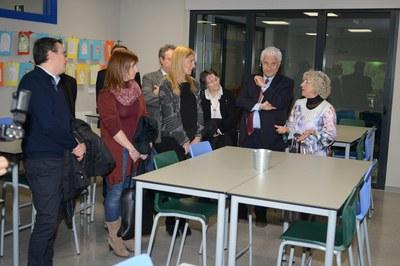 L'alcaldessa i els regidors, durant la visita a les instal•lacions (foto: Localpres).