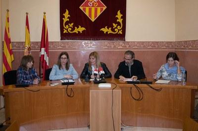 Ana María Martínez i Maria Mas han comparegut en roda de premsa acompanyades de diversos tècnics municipals (foto: Localpres).