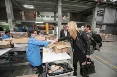 Imatge de la visita a les instal·lacions de Fupar (foto: Lali Puig)