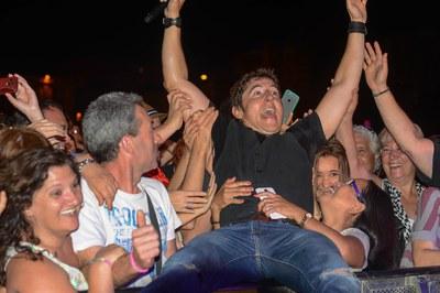 Manel Fuentes va portar a l'Escardívol la música d'Springsteen (foto: Localpres)