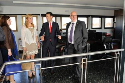 L'alcaldessa, Ana María Martínez, i el conseller, Jordi Baiget, han visitat les instal·lacions d'Hidrotec (foto: Localpres).
