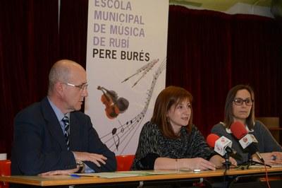 Xavier Galí, Marta Garcia i Montse Martí han presentat els actes del 35è aniversari davant dels mitjans de comunicació (foto: Localpres).