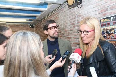 Ana María Martínez i Moisés Rodríguez, durant la presentació de la 2a temporada de l'Espai 14/13 (foto: Lali Álvarez) .
