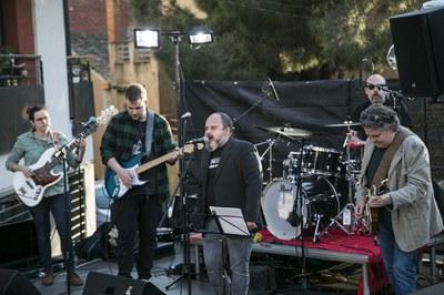 Radio Vintage Club és una de les formacions que ha actuat aquest dissabte (foto: Ajuntament – Lali Puig)