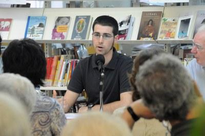 Eduard Puigventós, durant la presentació del seu llibre 'Complot contra Companys', l'any 2009.
