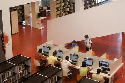 El servei s'adreça a joves de 14 a 20 anys  (foto: Diputació de Barcelona. Ago2/Oscar Ferrer).