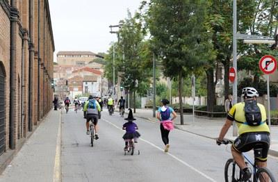La Bicicletada ha transcorregut per diferents carrers de la ciutat (foto: Localpres)