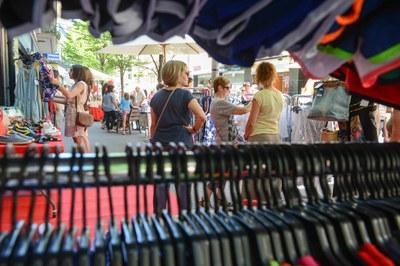 Els establiments podran vendre productes al carrer (foto: Localpres).