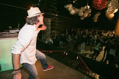 Du-Dux Project ja va ambientar la festa de Cap d'Any d'El Celler (foto: Ajuntament de Rubí – Lali Puig).