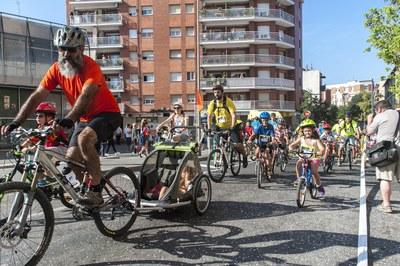 La bicicletada del Mercat ha arribat a la 20a edició (foto: Cesar Font).