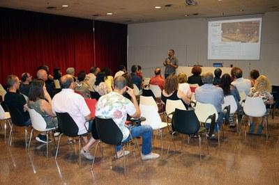 El passat 17 de juny, va tenir lloc una sessió participativa en què van prendre part una quarantena de persones.