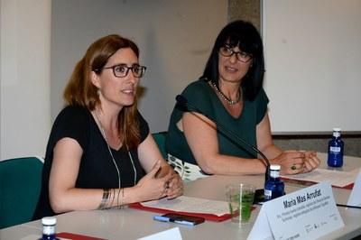 Maria Mas i Carla Habif durant la clausura de la jornada (foto: Localpres).