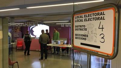 La ciutadania pot votar fins a les 20 h (foto: Ajuntament de Rubí).
