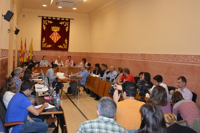La sessió ordinària del mes de setembre finalment ha portat a debat un total de vuit mocions.