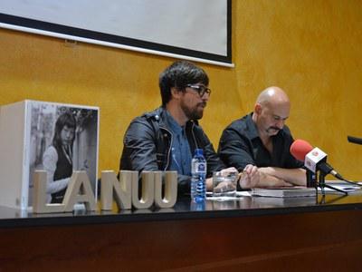 Moisés Rodríguez i Carles Mercader, durant la presentació.