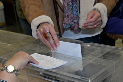 Els electors i electores decideixen avui la composició del Congrés dels Diputats i el Senat (foto: Ajuntament de Rubí – Localpres).