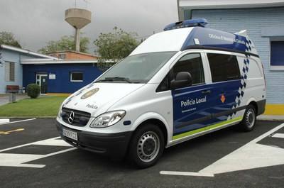 Els agents han desistit de continuar el seguiment per evitar posar en risc la resta d'usuaris de la via.