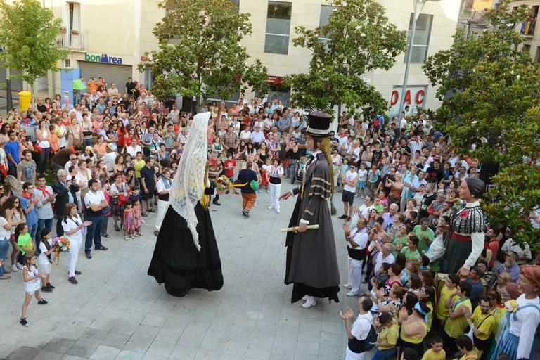 Els Gegants a la plaça Pere Aguilera (foto: Localpres)