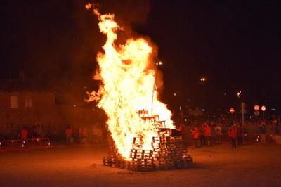 La foguera s'encendrà un any més al solar de Correus (foto: Ajuntament de Rubí – Localpres).