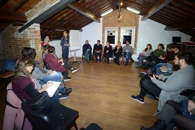 La reunió s'ha celebrat a l'Espai Jove Torre Bassas (foto: Localpres).