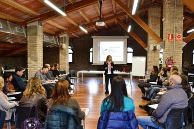 La coacher empresarial Anna Riesco, a la sessió grupal de Xarxa Rubí Empresa.