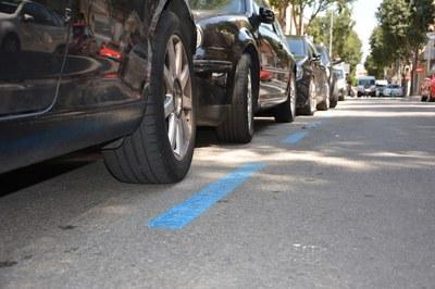 Durant tot l'agost, els vehicles podran aparcar lliurement i sense cap cost tant la zona blava com a la taronja.