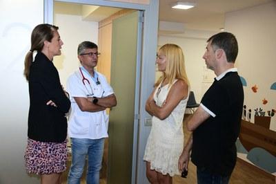 Un moment de la visita a les instal·lacions del carrer Cadmo (foto: Localpres).
