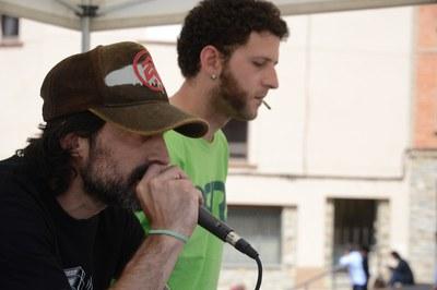 Vermut musical a càrrec de Rubi-i-dub (foto: Localpres)