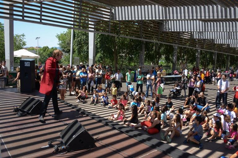 Actuació de màgia a càrrec de Jordi Quimera (foto: Localpres)