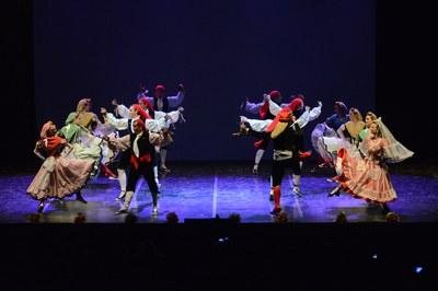 Ballada de l'Esbart a la Festa Major del 2014 (foto: Localpres).