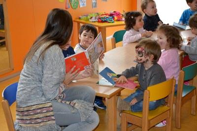 Rubí disposa de tres escoles bressol municipals: La Bruna, Lluna i Sol, Solet.