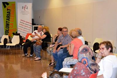 Les parelles lingüístiques han compartit una trobada a la Biblioteca Municipal .