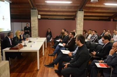 La primera edició del Rubindústria ha omplert la sala Fòrum de la Masia de Can Serra (foto: Localpres).