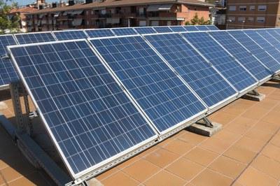 Amb la nova ordenança es vol regular la promoció d'instal·lacions solars fotovoltaiques (foto: Ajuntament de Rubí – Localpres).