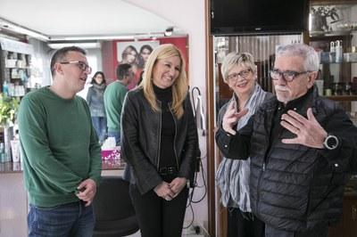 L'alcaldessa i el regidor de comerç durant la visita a Ponsico (foto: Ajuntament de Rubí – Lali Puig).