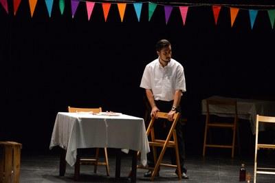 La companyia Tiamat Teatre ha representat l'espectacle 'Cuatro canciones de amor y una habanera desesperada' (foto: Localpres)