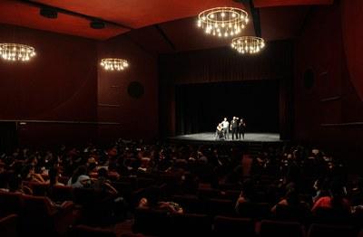 Uns 230 alumnes han presenciat l'espectacle (foto: Localpres)