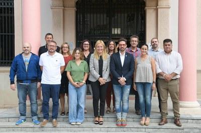 El nou equip de govern al complet (foto: Ajuntament de Rubí – Localpres).