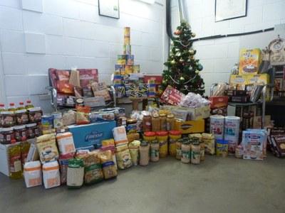 El Nadal passat, Ràdio Rubí va recaptar uns 200 quilos d'aliments (foto: Ràdio Rubí).