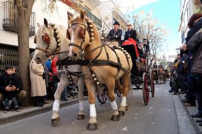 La rua dels Tres Tombs és una de les activitats més populars de la Festa de Sant Antoni Abat (foto: Localpres).