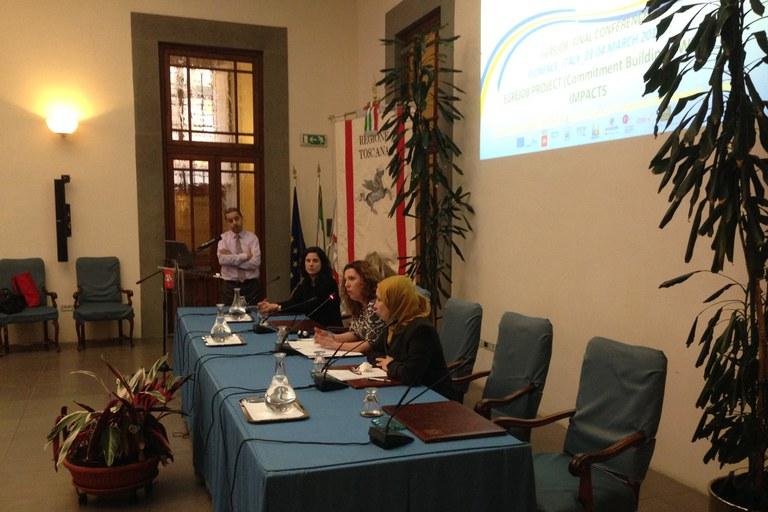 Una de les tècniques del projecte Rubí Brilla ha presentat el projecte estratègic 'Rehab3' a Florència