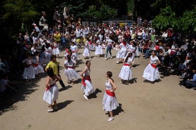 La festa se celebra a l'esplanada de l'ermita de Sant Muç (foto: Localpres).