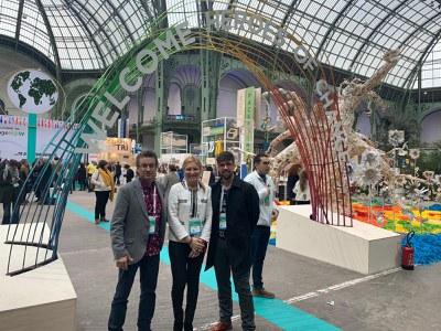 L'alcaldessa amb els regidors Medrano i Rodríguez a la cimera de París (foto: Ajuntament de Rubí).
