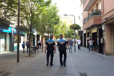 La Policia Local ha dut a terme prop de 13.000 actuacions entre l'abril de 2014 i el març del 2015.