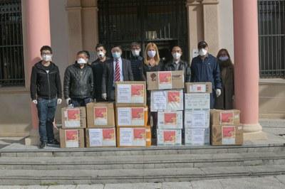 La comunitat xinesa va fer una important donació (Foto: Ajuntament/Localpres).